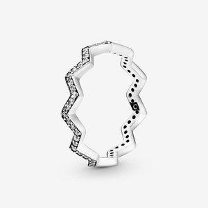 Pandora Shimmering Zigzag Ring